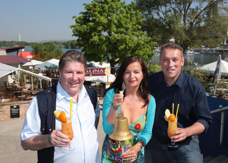 Urlaub mitten WienKarl Hofbauer; StRin Ulli Sima; Norbert Scheed