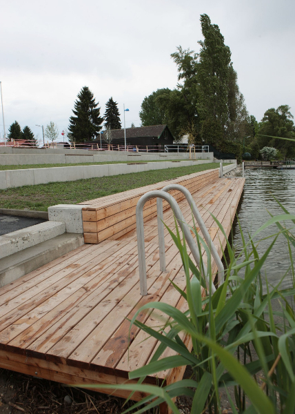Ein Stück neues Ufer für Badegäste der Alten DonauStRin Ulli Sima; Gerald Loew